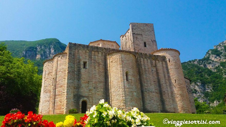 Abbazia di San Vittore - Frasassi