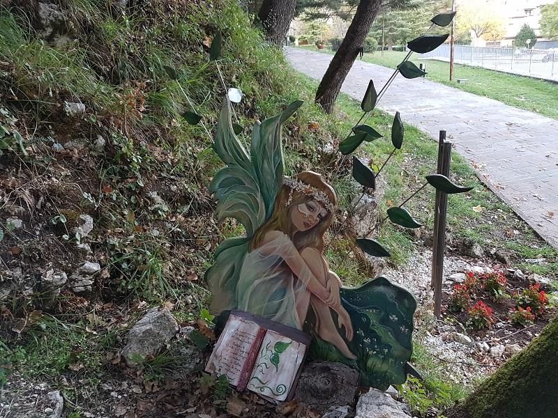 Il magico bosco incantato di Sefro Viaggi e Sorrisi