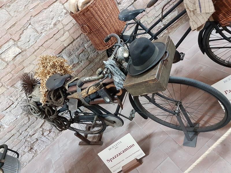 museo mestieri in bicicletta di fabriano interno museo