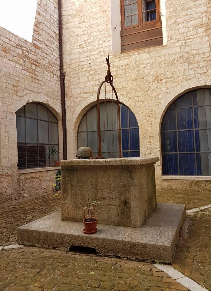 Chiostro di Fonte Avellana
