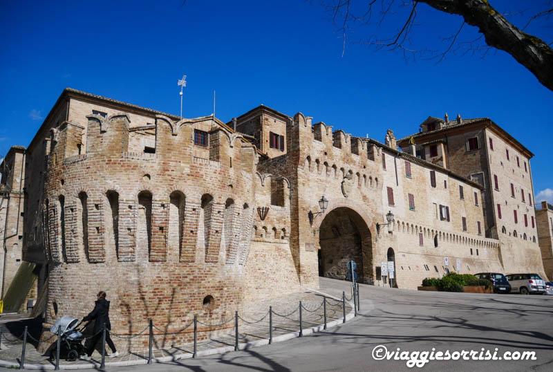 corinaldo mura storiche e porte