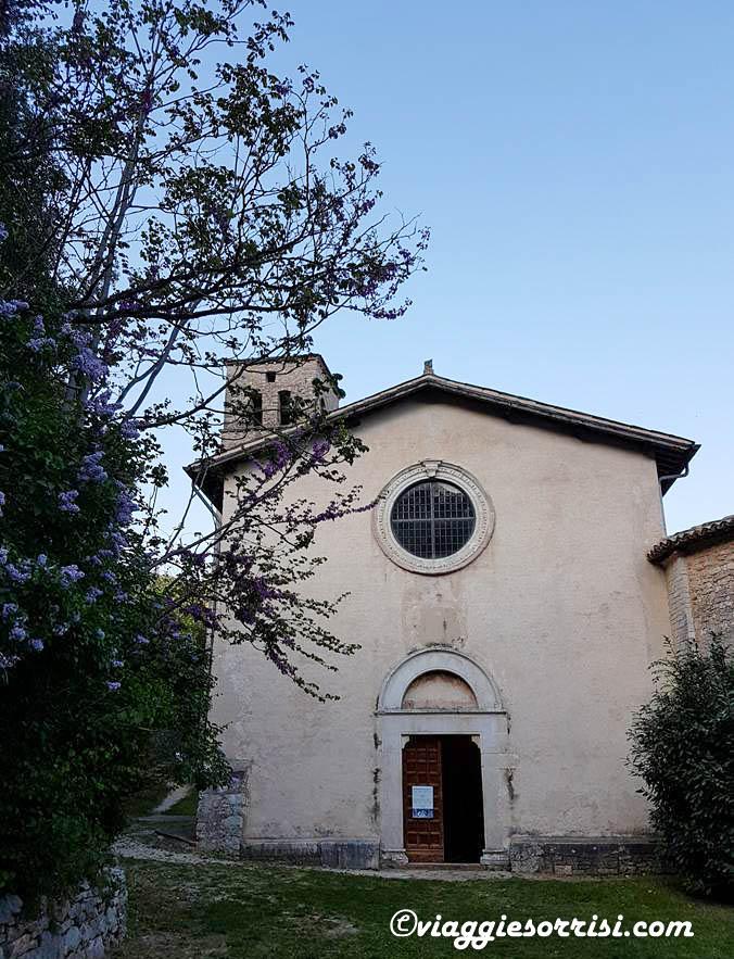 Esterno della Chiesa Abbaziale San Pietro in Valle