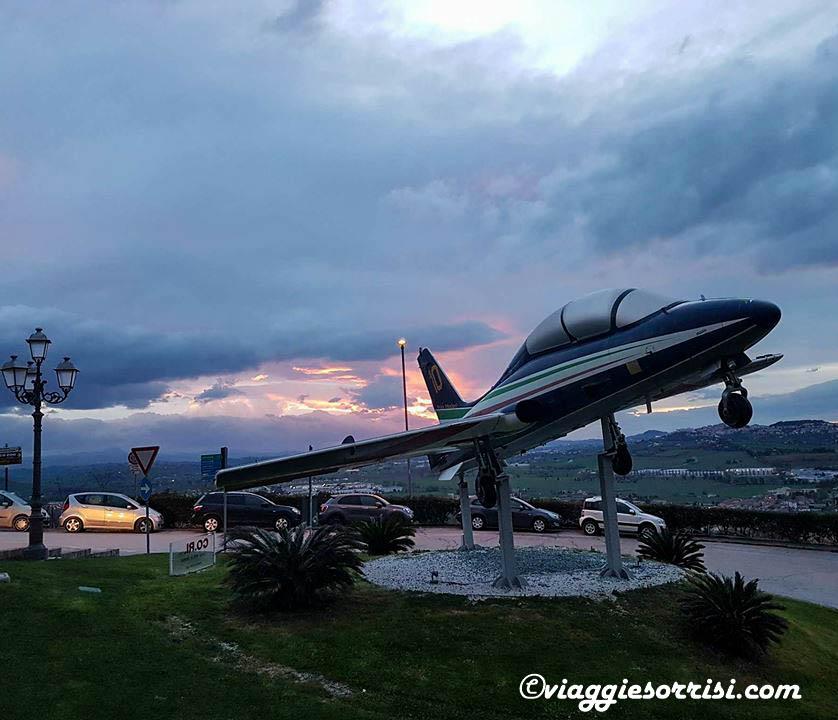 loreto e aviazione monumento