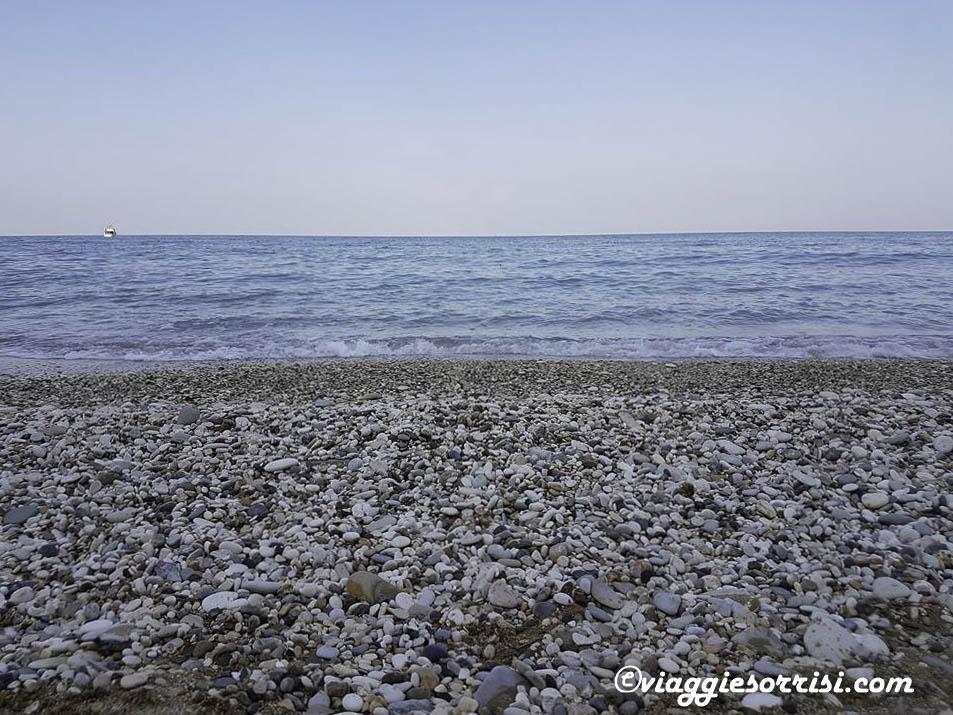 spiaggia trave mare