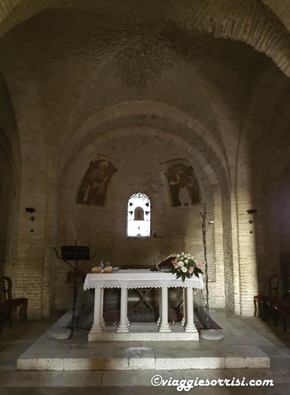 abbazia di san claudio altare