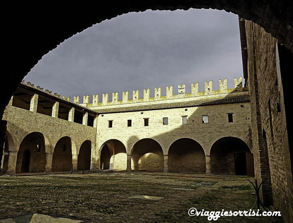 castello della rancia interno