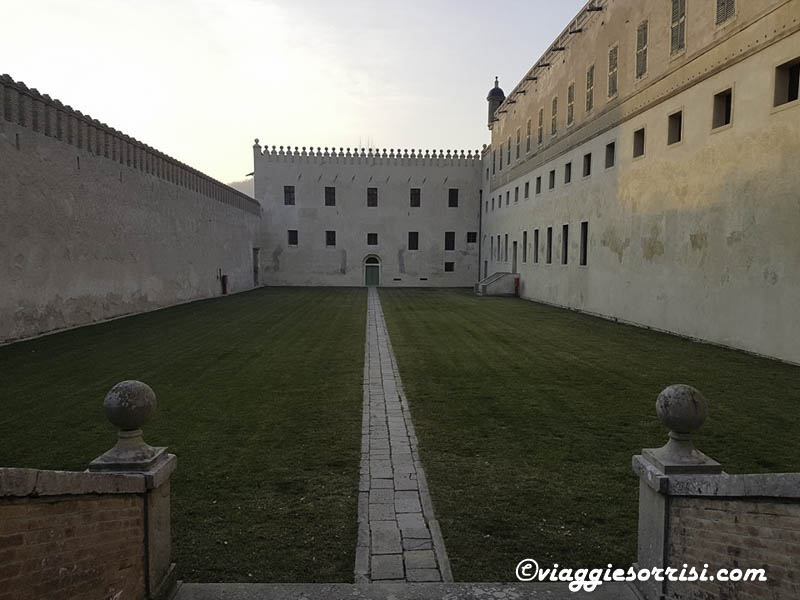 castello catajo interno