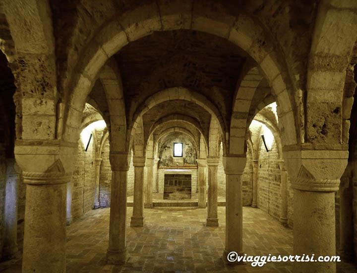 abbazia sant'urbano apiro cripta