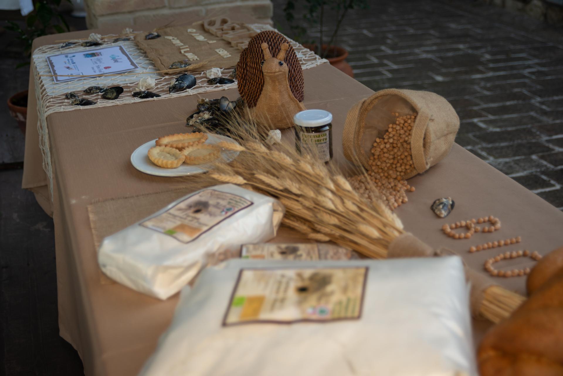 Prodotti biologici dell'Agriturismo Rustico del Conero