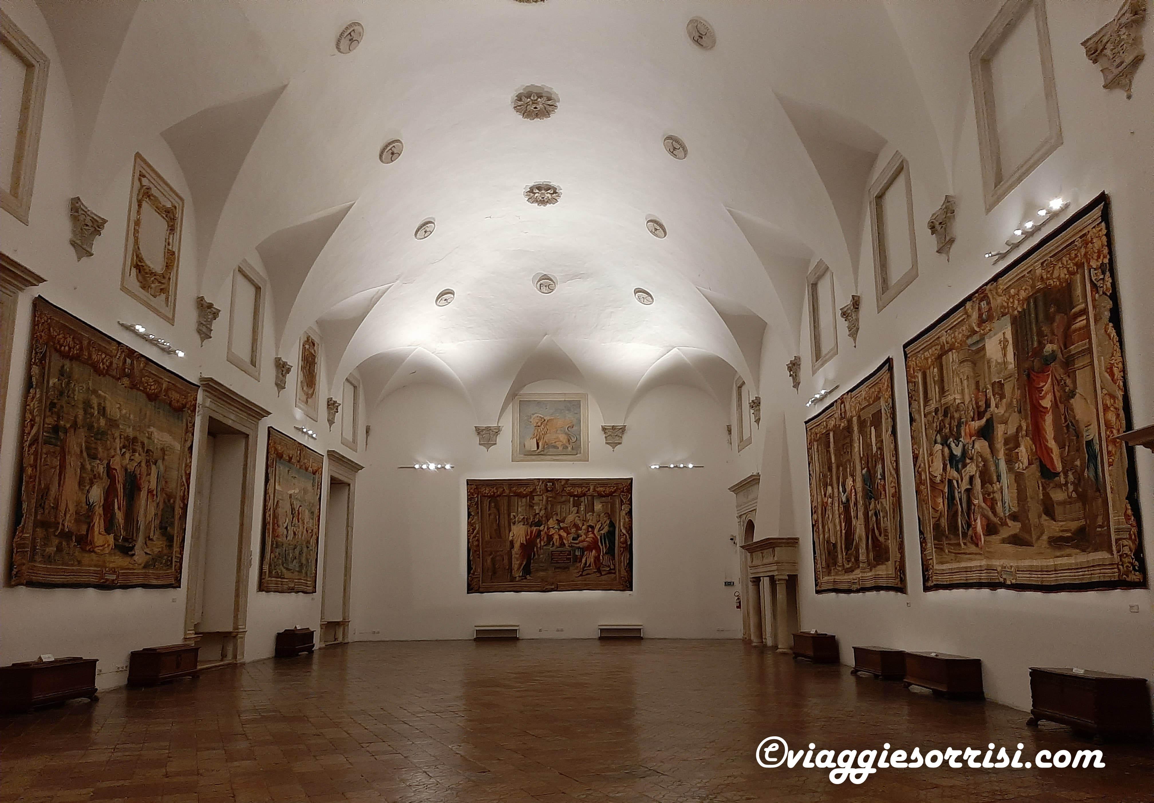 sala del trono palazzo ducale urbino