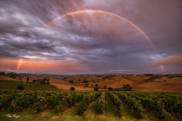 arcobaleno paesaggio delle marche