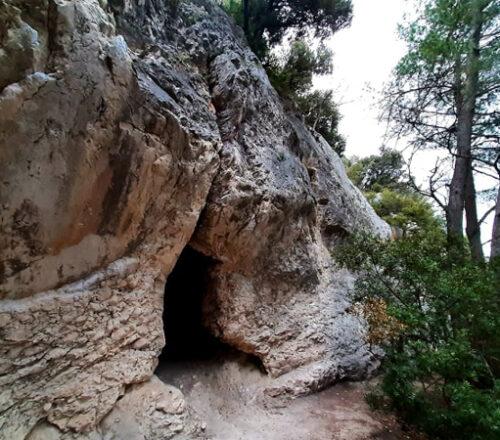 grotta del mortarolo monte conero