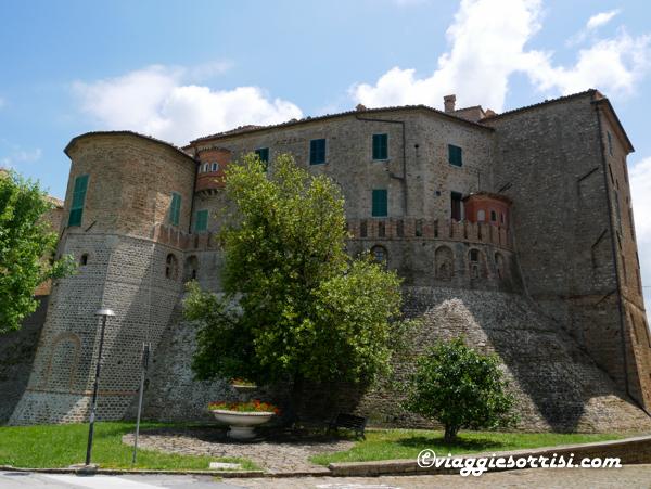 Monte Roberto Castello